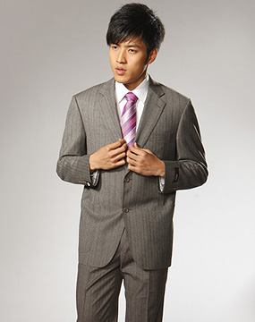 男款深灰/暗红色条纹西服套装