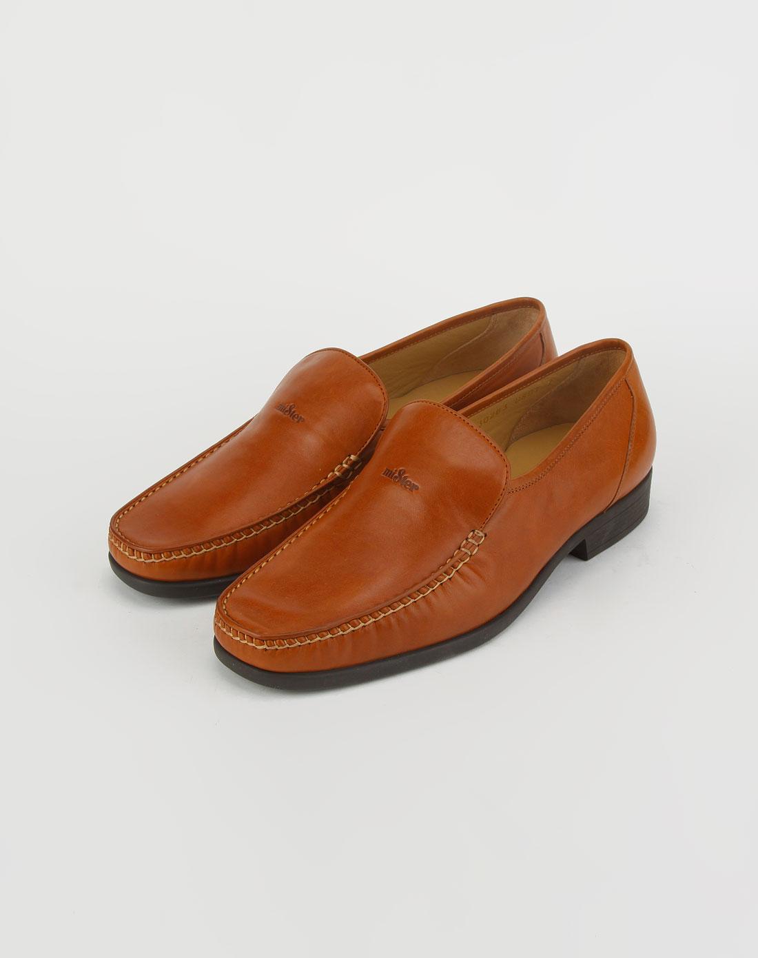 男款棕色镶线皮鞋_名仕特价2-3折