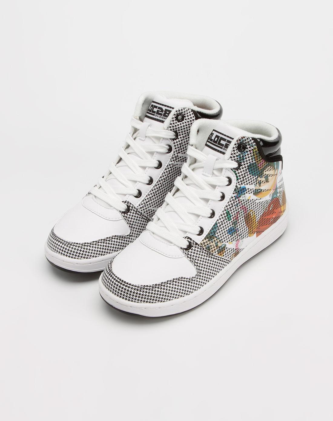 女款黑/白色滑板鞋2_迪士尼dis