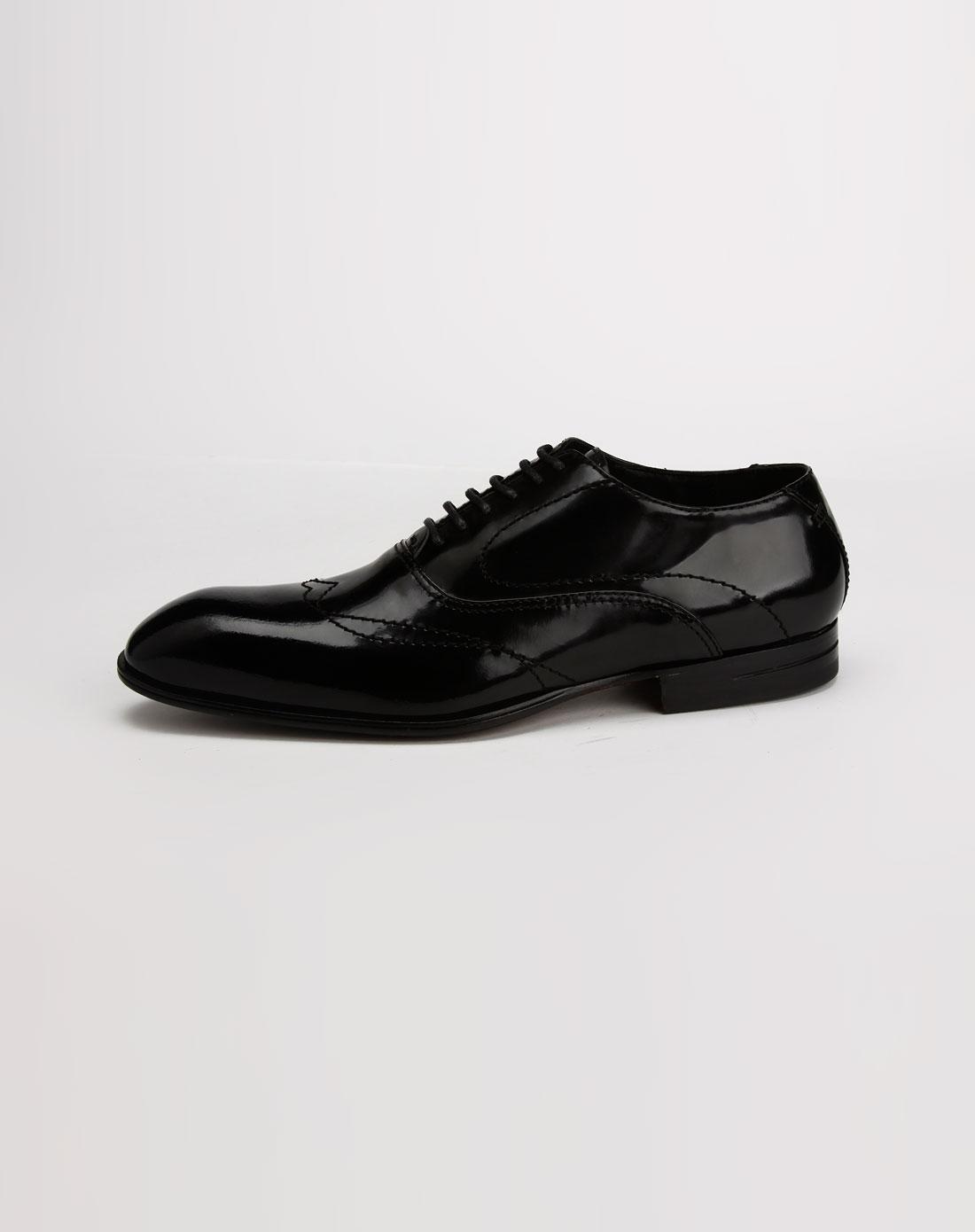 黑色亮面绑带皮鞋_乔梵尼·比